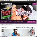 We Live Together Paysites Reviews